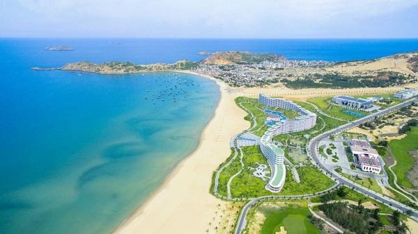 Quy Nhon Beach - A Quy Nhon Travel Guide