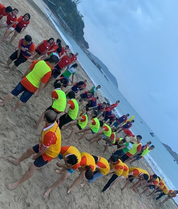 teambuiding trên bãi biển