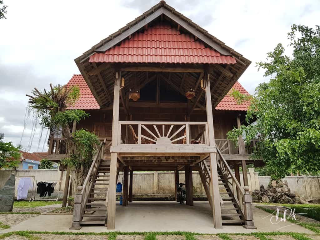 House of Ede People In Van Hoa Plateau
