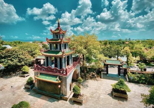 CHÙA THIÊN HƯNG BÌNH ĐỊNH – PHƯỢNG HOÀNG CỔ TRẤN PHIÊN BẢN VIỆT